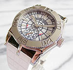 ���W�F�@�f���u�C